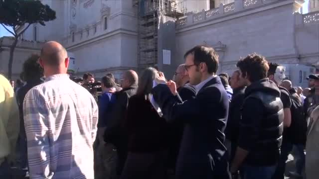 Corteo 5 Stelle a piazza Venezia