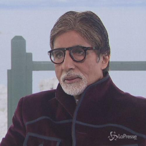 Cannes, Amitabh Bachchan dal cast Grande Gatsby a red carpet