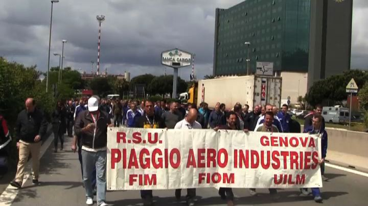 Genova, disagi al traffico per corteo lavoratori Piaggio ...