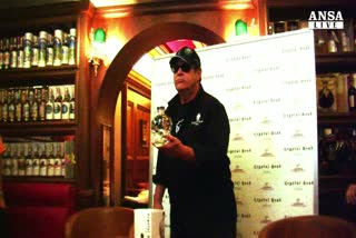 Aykroyd, dai Blues Brothers alla vodka