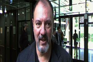 """""""Italia in 4D"""": intervista con Carlo Lucarelli"""