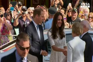 William e Kate alle prese con cioccolato