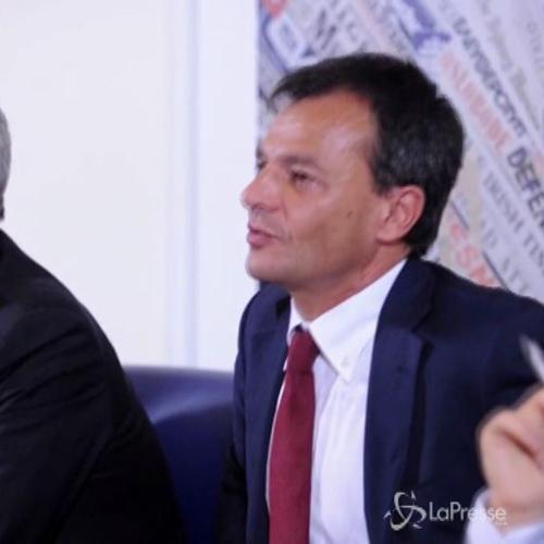 Fassina: Lavoro ricattato espone democrazia al populismo