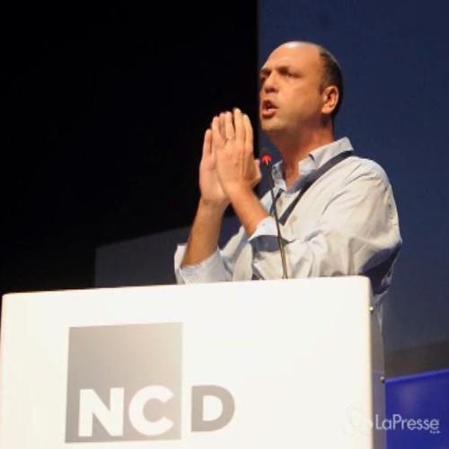 Alfano dà il via a prima assemblea nazionale del Nuovo Centrodestra