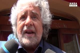 """Grillo annuncia """"guerriglia"""" su riforme"""