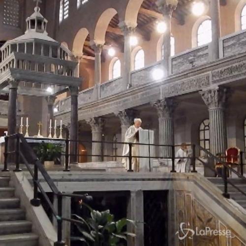 Messa e corone di fiori a San Lorenzo per commemorare De Gasperi