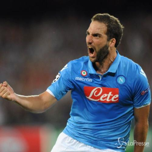 Champions League: Higuain replica a Muniain, 1-1 tra Napoli ...