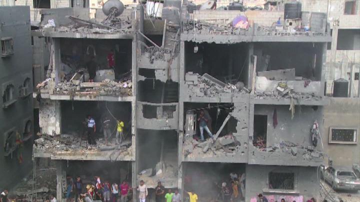 Gaza, nuovi raid: Israele colpisce leader militari di Hamas ...