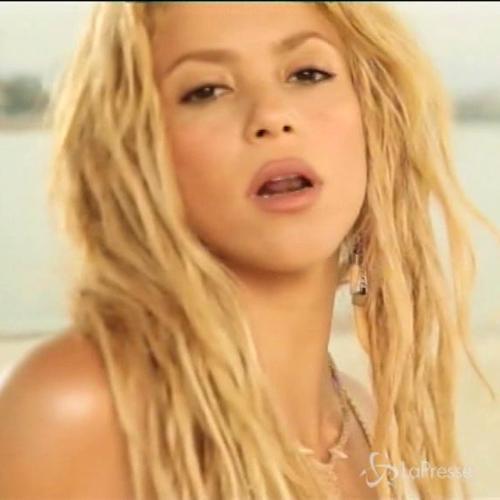 Guai per Shakira, il giudice: la canzone 'Loca' è un ...