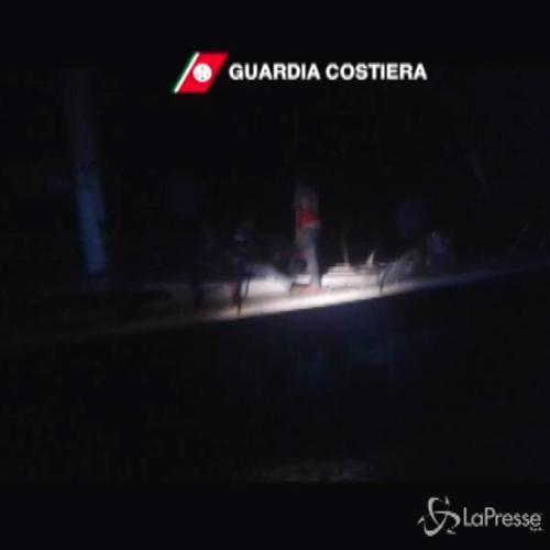 Sbarchi, soccorsi 288 migranti nel Canale di Sicilia