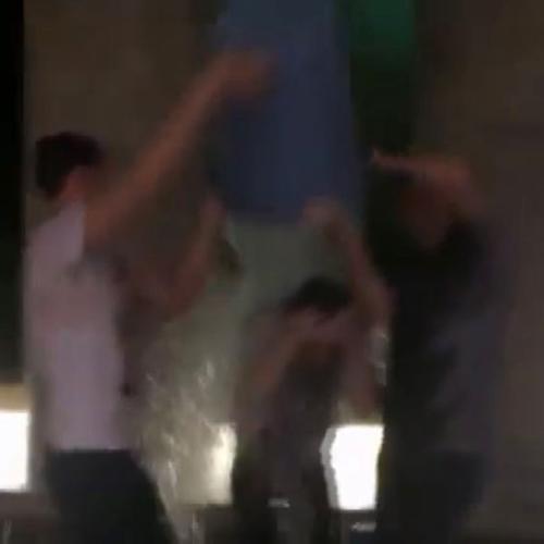 Triangolo sotto la doccia per Kristen Stewart e Nicholas ...