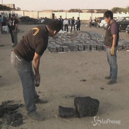 Oltre 3 tonnellate di cocaina nascoste dentro carbone: 7 ...