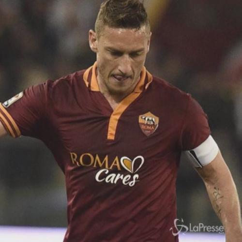 La promessa di Totti: Se la Roma vince lo scudetto niente ...