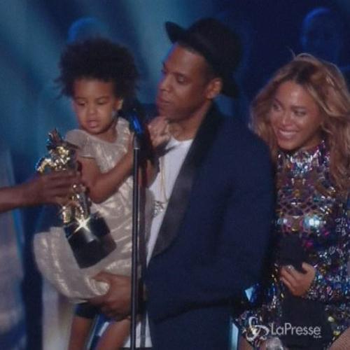 Beyoncé e Jay-z permalosi: guai a chi commenta i capelli ...