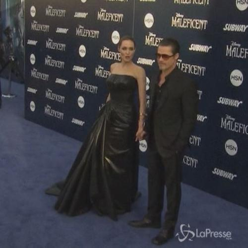 Nozze a sorpresa, Angelina Jolie e Brad Pitt sposi in ...