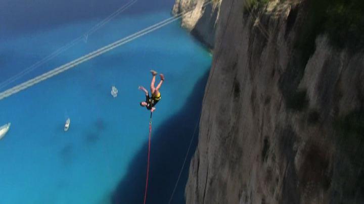 In Grecia il rope jumping, l'ultima frontiera degli sport ...