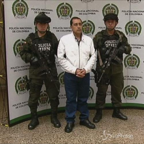 Arrestato latitante colombiano Perez: aveva ucciso 5mila ...