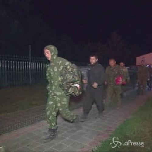 Russia e Ucraina scambiano i rispettivi soldati prigionieri ...