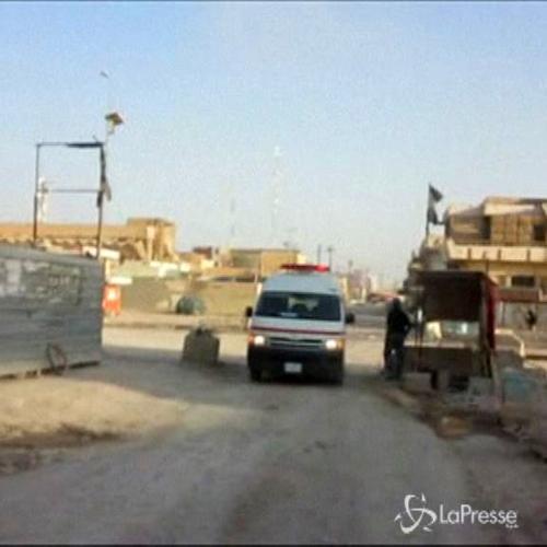 Iraq, autobomba esplode a Ramadi contro checkpoint polizia: ...