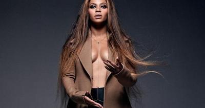 Beyoncé a nudo per i suoi 33 anni