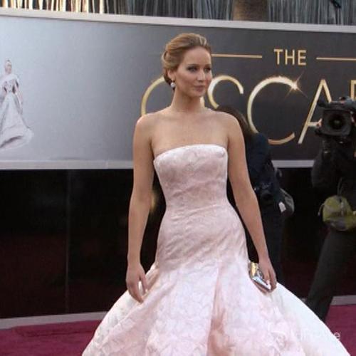 Rubate foto di Jennifer Lawrence nuda: trapelano sul web    ...