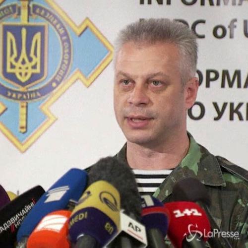 Truppe esercito Kiev si ritirano da aeroporto di Luhansk    ...