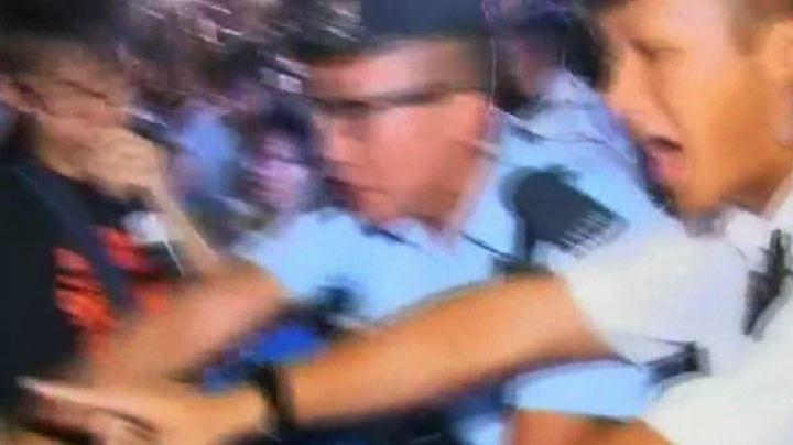 Hong Kong, manifestanti all'attacco: Cina ci ha traditi sul ...