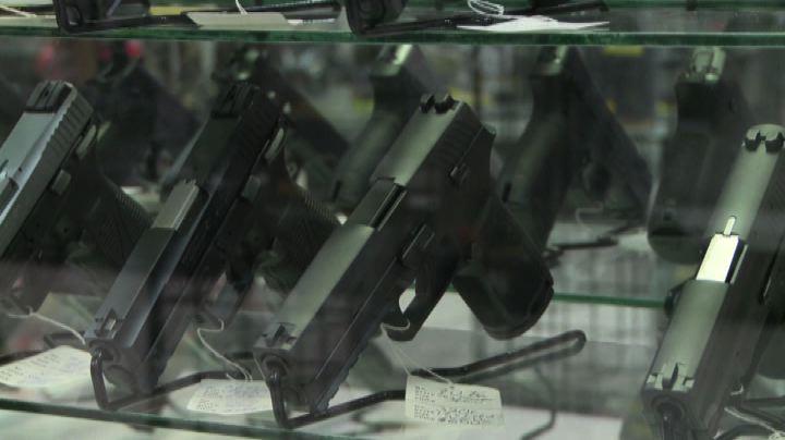 """Florida: scoppiano le polemiche sulla """"legge delle armi""""    ..."""