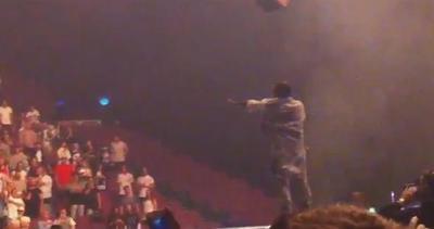 Gaffe per Kanye West: vuole che i disabili si alzino