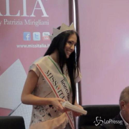 Corona di Miss Italia alla siciliana Clarissa Marchese, ...