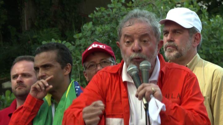 Brasile, Lula scende in campo per Roussef e Petrobras