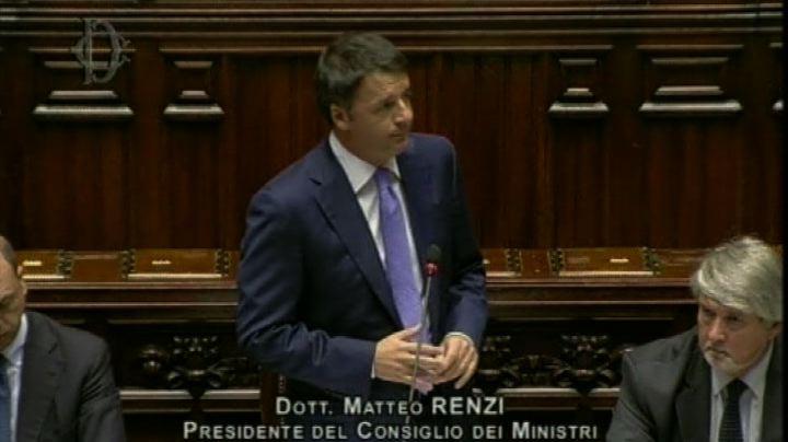 Renzi: L'Italia ha interrotto la caduta ma non basta