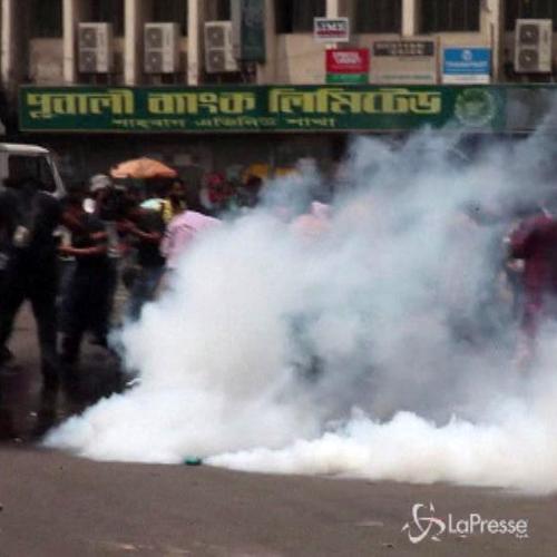 Bangladesh, pena morte per leader islamista commutata in ...