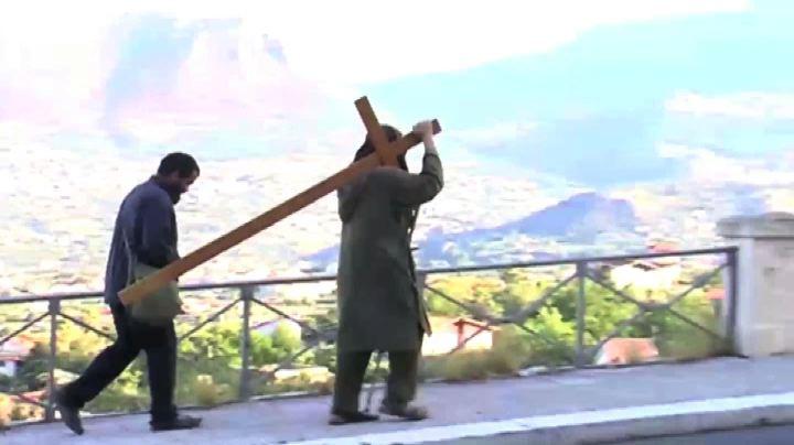 Palermo, missionario laico Biagio Conte va in giro con la ...