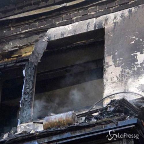 Ucraina, edificio colpito da razzo a Donetsk: almeno due ...