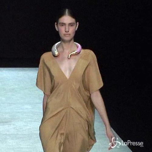 Settimana della moda, Armani lancia il suo stilista ...