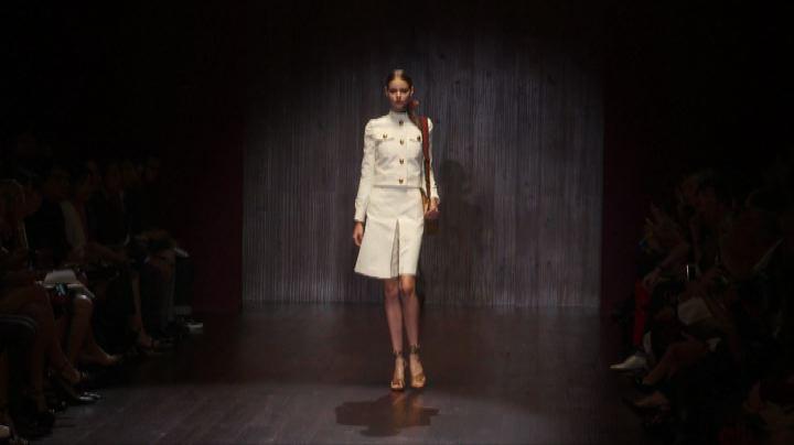 Moda Milano, Gucci fra kimono e dettagli militari