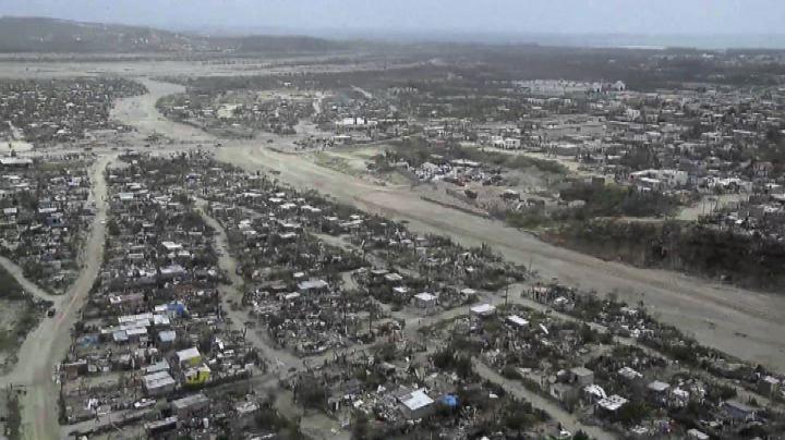 Messico, Los Cabos devastato dall'uragano Odile