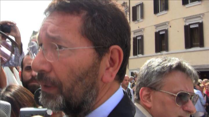 Opera, Sindaco Marino: solidarietà al maestro Muti