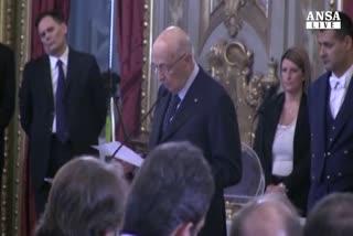 Asse Napolitano-Renzi contro conservatorismi