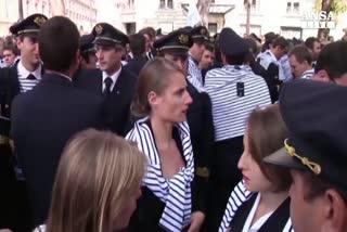 Piloti AirFrance mettono fine a sciopero