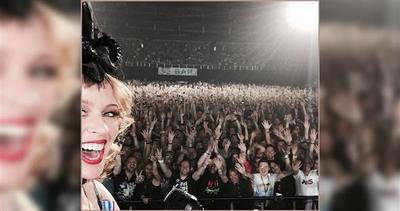 Kylie è la regina dei selfie: merito di questo scatto