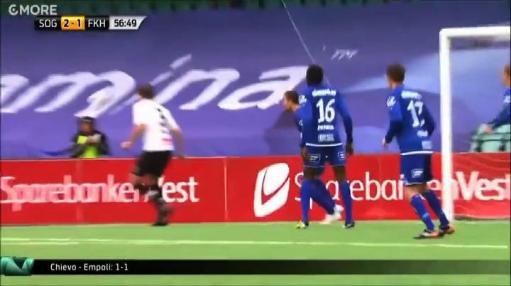 Il colpo alla Ibrahimovic di Tim Nilsen