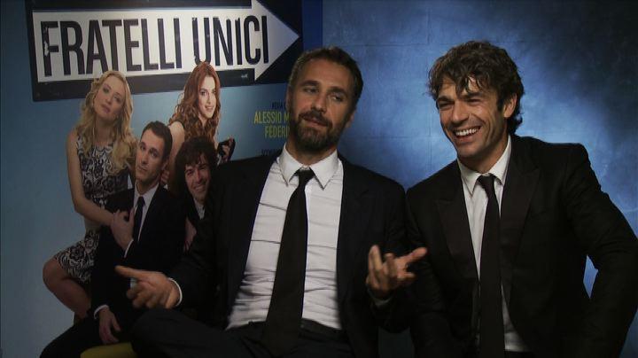 """Bova e Argentero, """"Fratelli unici"""" nel film, complici nella ..."""