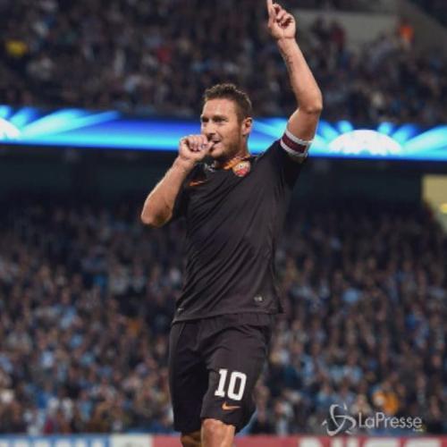 Calcio, Champions League: magia di Totti, Roma pareggia a ...