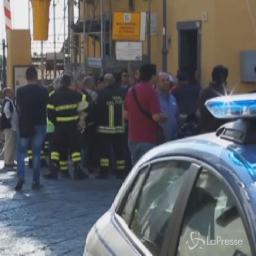Crolla solaio Fs a Pietrarsa, nel napoletano: 1 morto, 2 ...