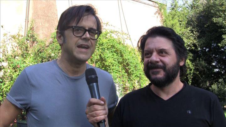 """Lillo e Greg sul set: ecco il nostro """"Natale stupefacente""""  ..."""
