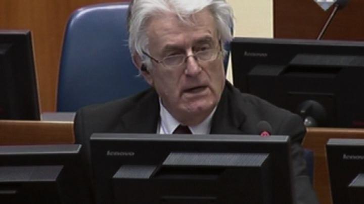 """Karadzic """"non sapeva niente"""" di Srebrenica, sostiene la ..."""