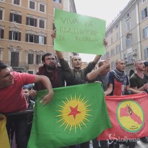 Roma, curdi manifestano davanti a Montecitorio