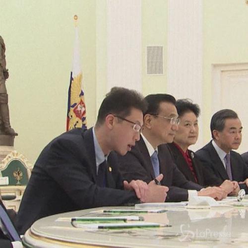 Premier cinese oggi in Italia dopo incontro a Mosca con Putin